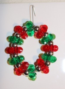 Red Sparkling Wreaths